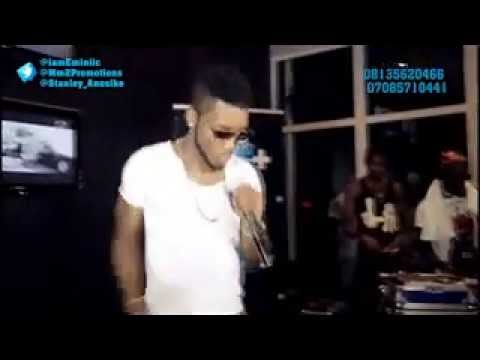 VIDEO: Eminiic's Performance At IndustryNite